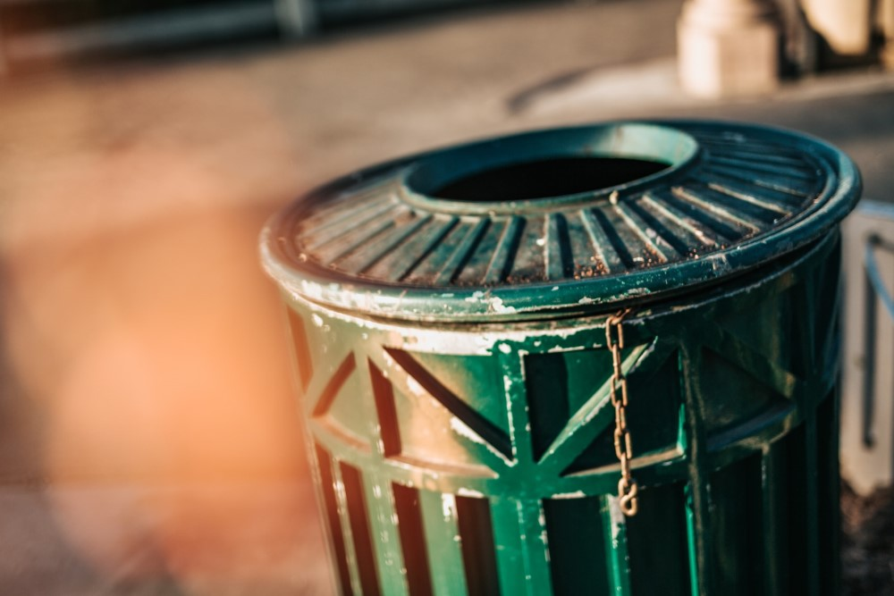 trash can green outdoors